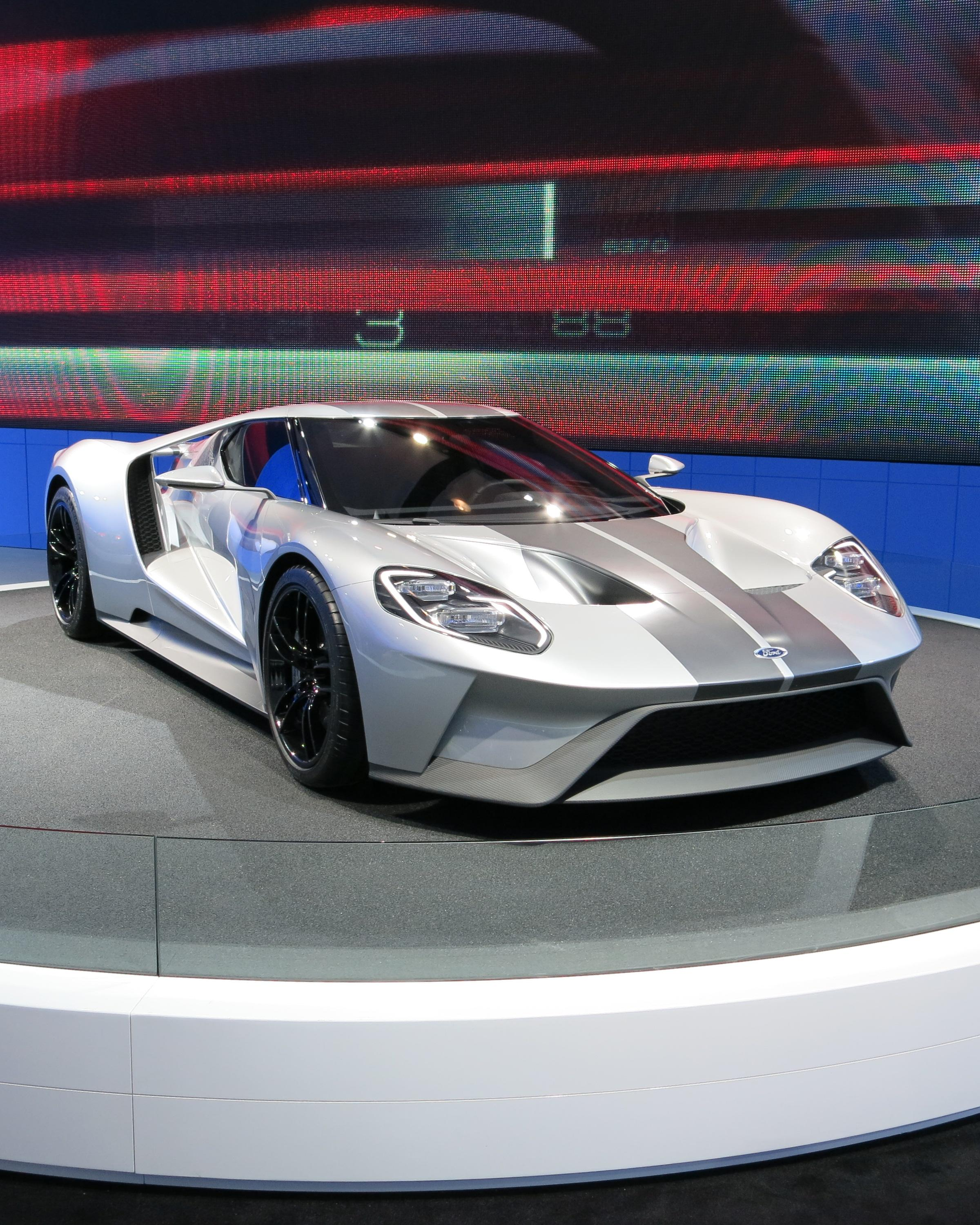 Ford GT prototypes run naked in public-road testing phase